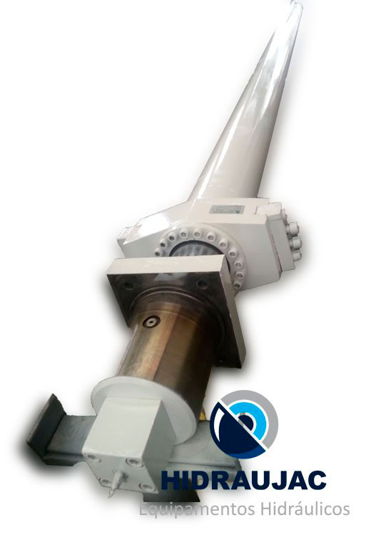 Manutenção de cilindro hidráulico